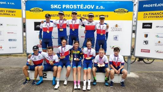 Sedmnáct mistrovských titulů získala mládež na dráhovém MČR